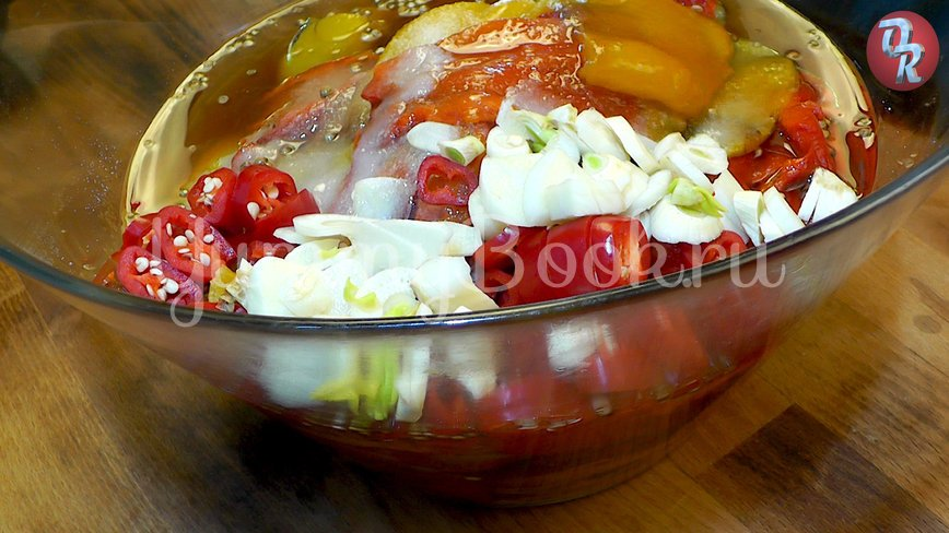 Болгарский перец с чесноком - шаг 4