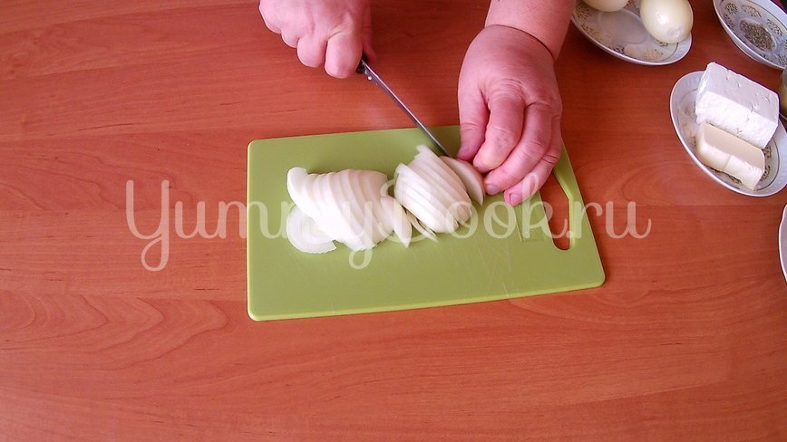 Луковый пирог без заморочек  - шаг 1