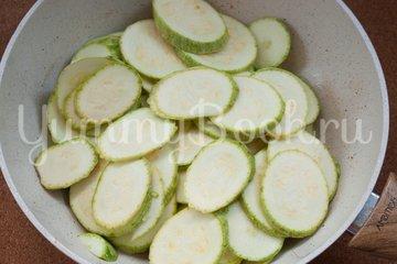 Салат с макаронами и сыром фета - шаг 1