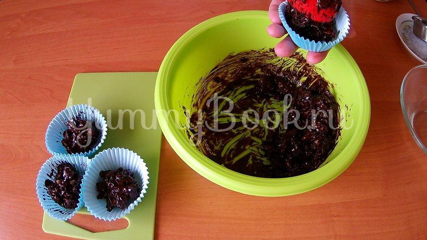 Шоколадный десерт из кукурузных хлопьев - шаг 3