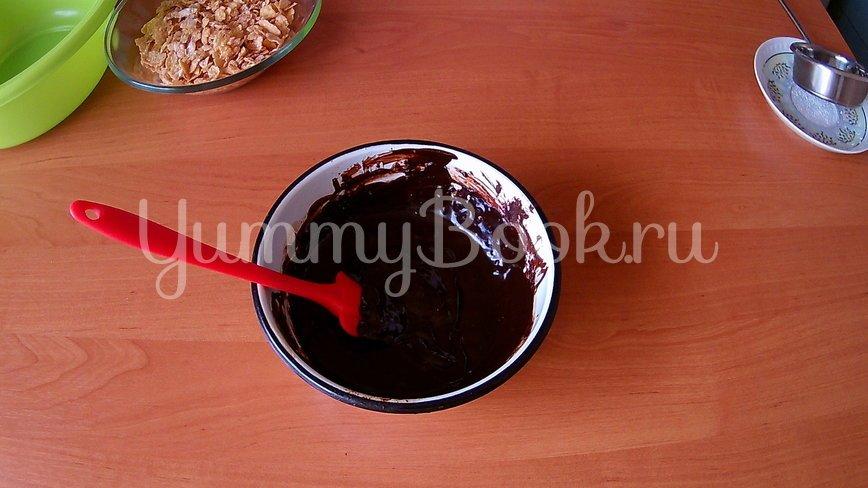 Шоколадный десерт из кукурузных хлопьев - шаг 1