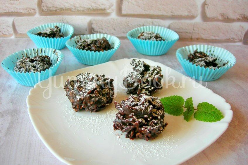 Шоколадный десерт из кукурузных хлопьев