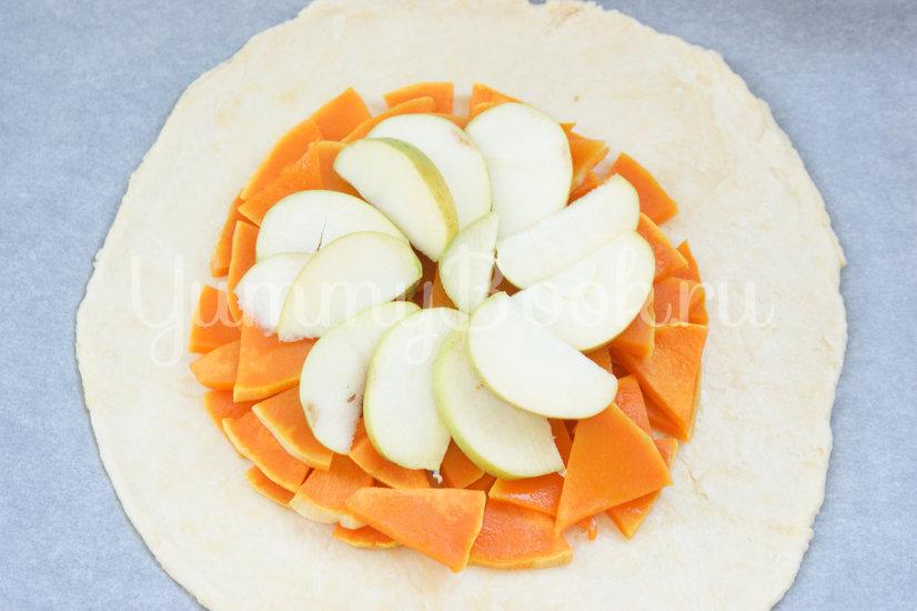 Галета с тыквой и яблоками - шаг 8
