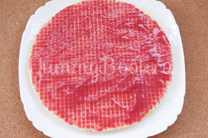 Вафельный торт с желейно-сметанным кремом - шаг 5