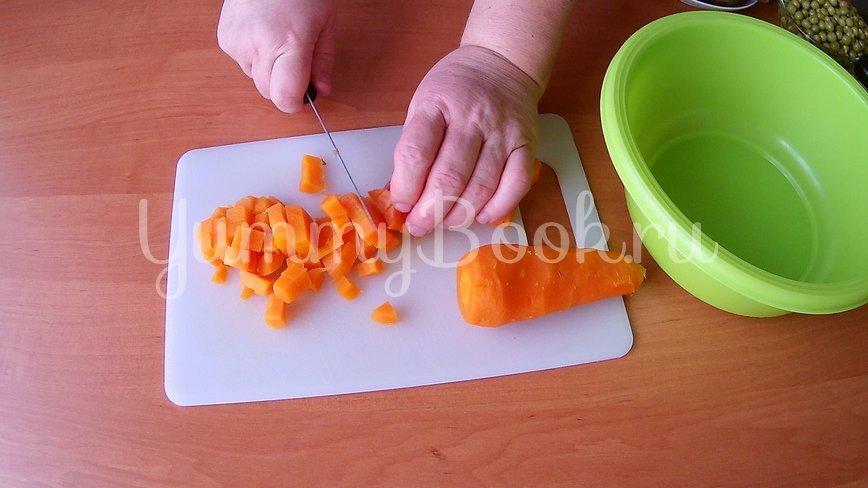 Постный салат с квашеной капустой - шаг 1