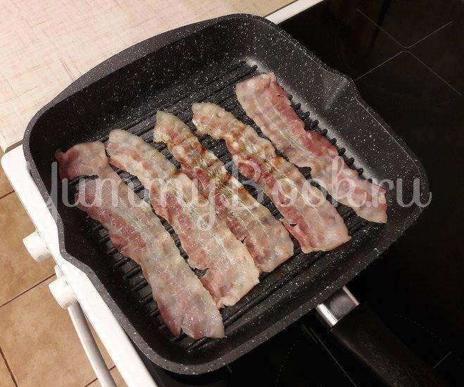 Картофельный салат с беконом и яблоком  - шаг 2