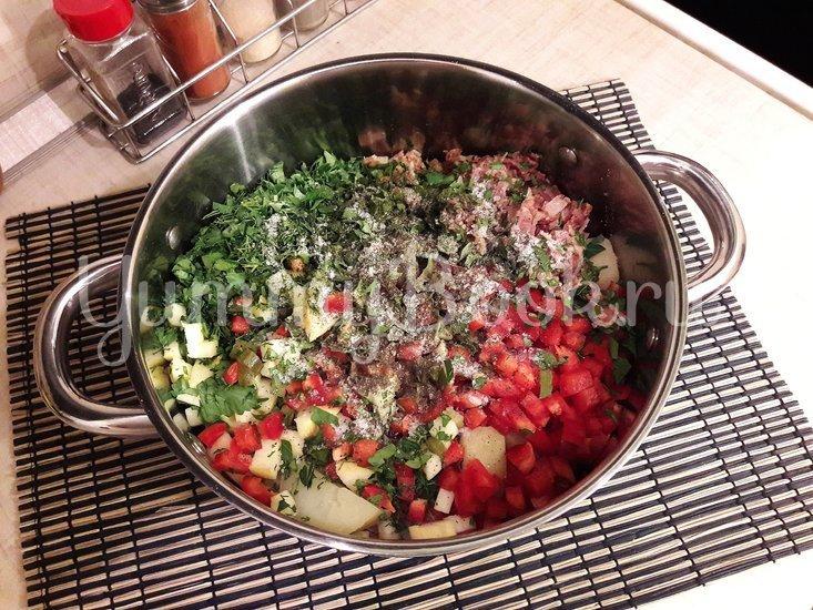 Картофельный салат с беконом и яблоком  - шаг 4