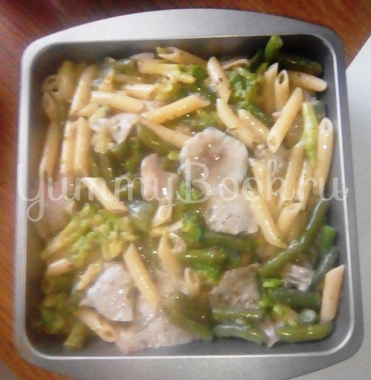 Запеканка из макарон с брокколи, стручковой фасолью и грибами - шаг 8