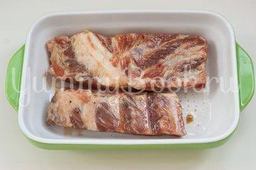 Запечённые маринованные свиные рёбра  - шаг 3