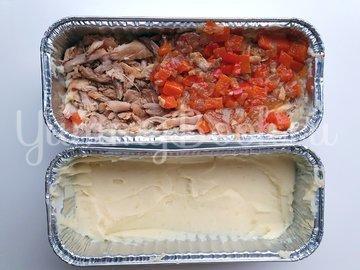 Картофельная запеканка с курицей и сыром - шаг 8