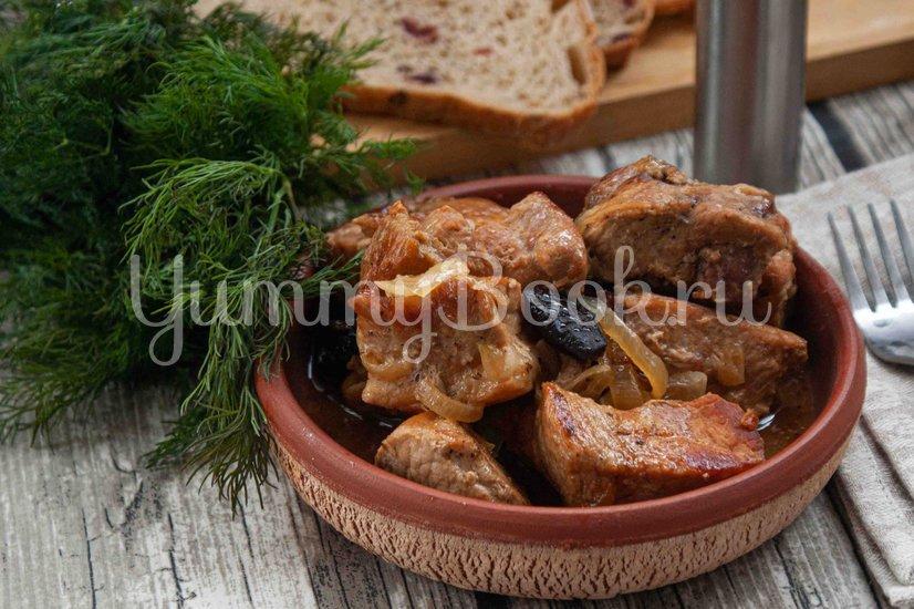 Свинина с черносливом в пивном соусе - шаг 7