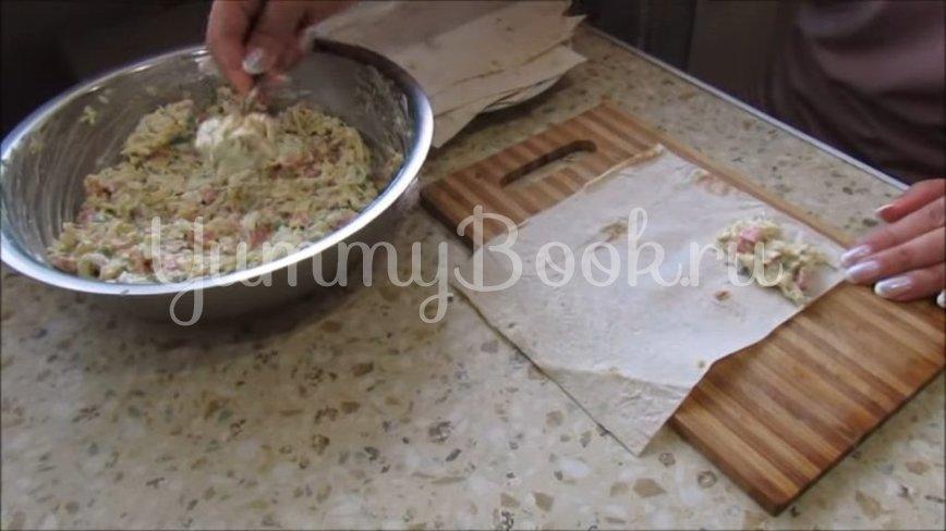 Закуска в лаваше с колбасой, сыром и яйцами - шаг 3
