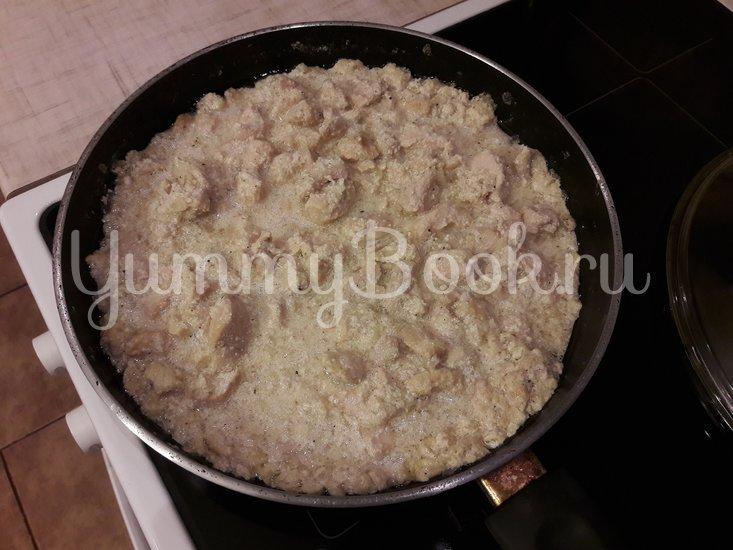 Куриное филе в сливочно-луковом соусе - шаг 7