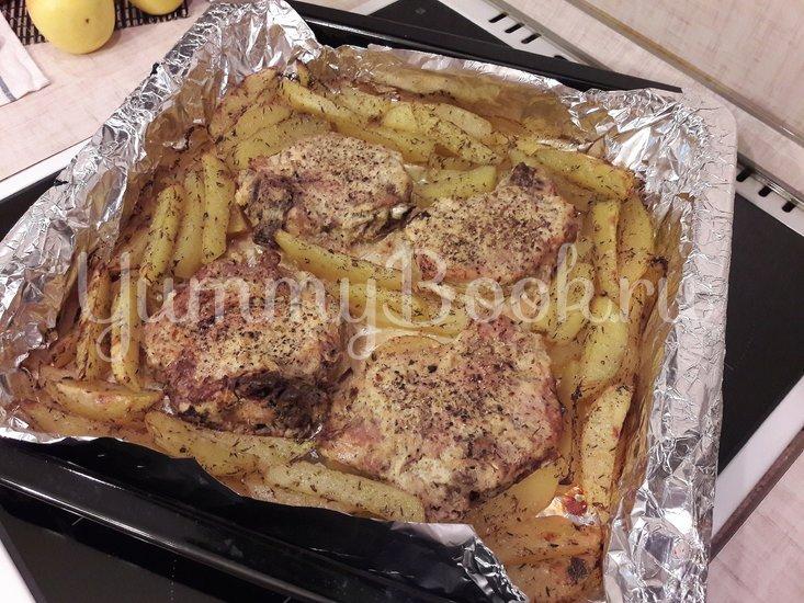 Корейка в сметанном маринаде с хреном и яблоком - шаг 10