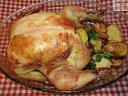Курица, запеченная с картофелем в духовке