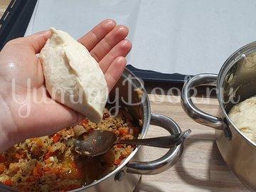 Пирожки с тунцом и овощами - шаг 9