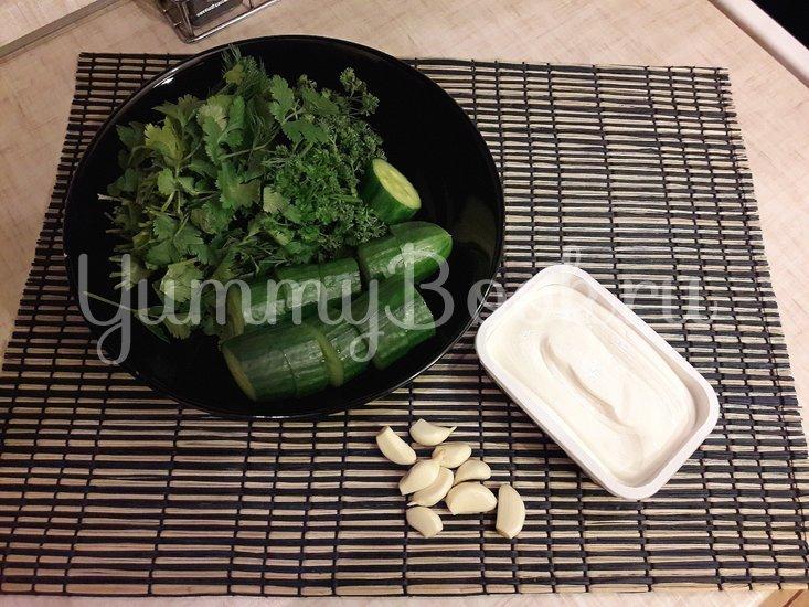 Огуречный соус с фетой и чесноком - шаг 2