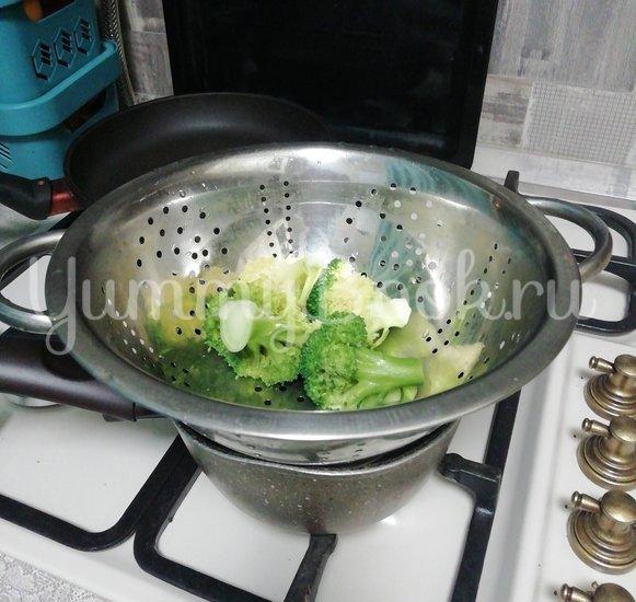 Салат из свежих овощей с авокадо - шаг 2