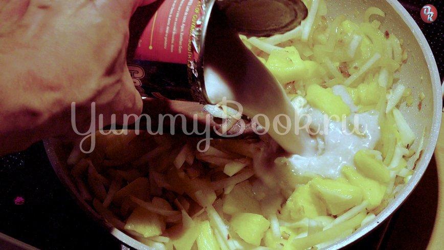 Свинина с ананасами в кокосовом молоке - шаг 7