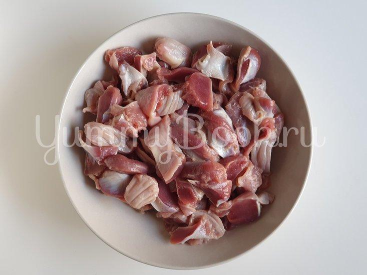Куриные желудки в остром соусе - шаг 1