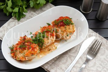 Рыбные тефтели в томатном соусе - шаг 8