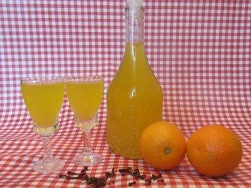 Апельсиново-гвоздичный ликер