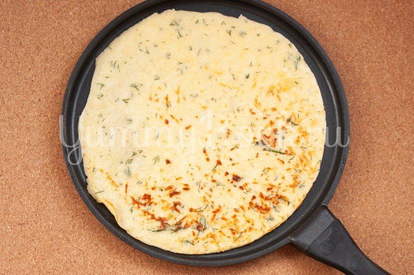Сырные блины с укропом - шаг 7