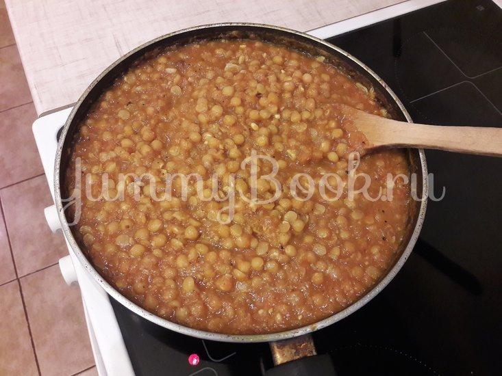 Пряная горошница с овощами в сковороде - шаг 10