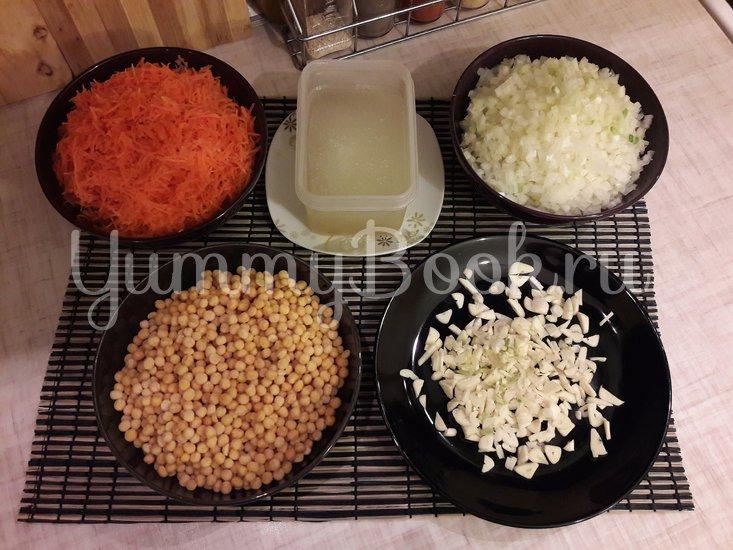 Пряная горошница с овощами в сковороде - шаг 2