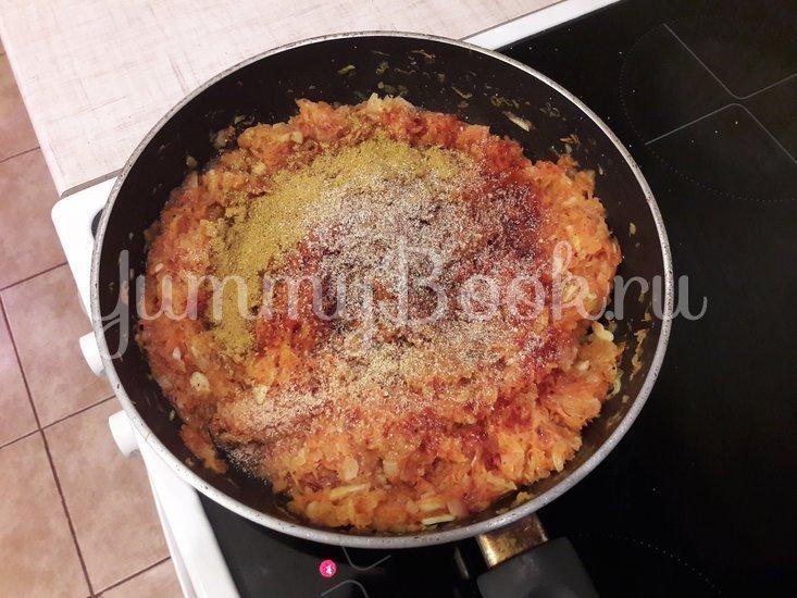 Пряная горошница с овощами в сковороде - шаг 6