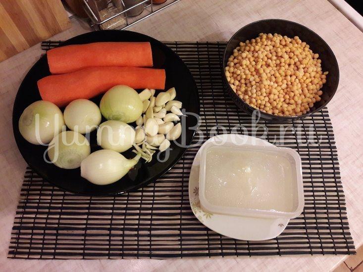 Пряная горошница с овощами в сковороде - шаг 1