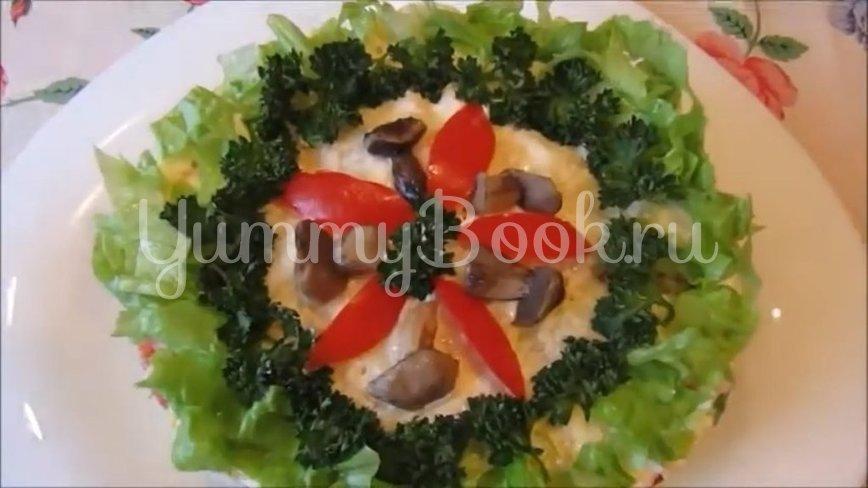 Постный слоеный салат с грибами и помидорами - шаг 5