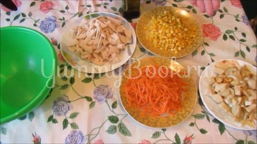 Диетический салат с курицей и овощами - шаг 2