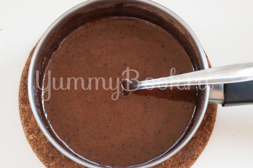 Шоколадная колбаска с орехами - шаг 4