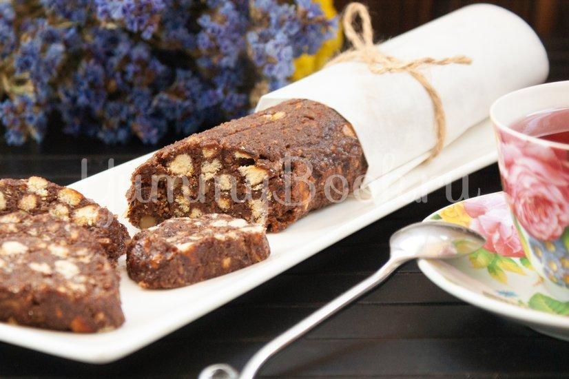 Шоколадная колбаска с орехами - шаг 8