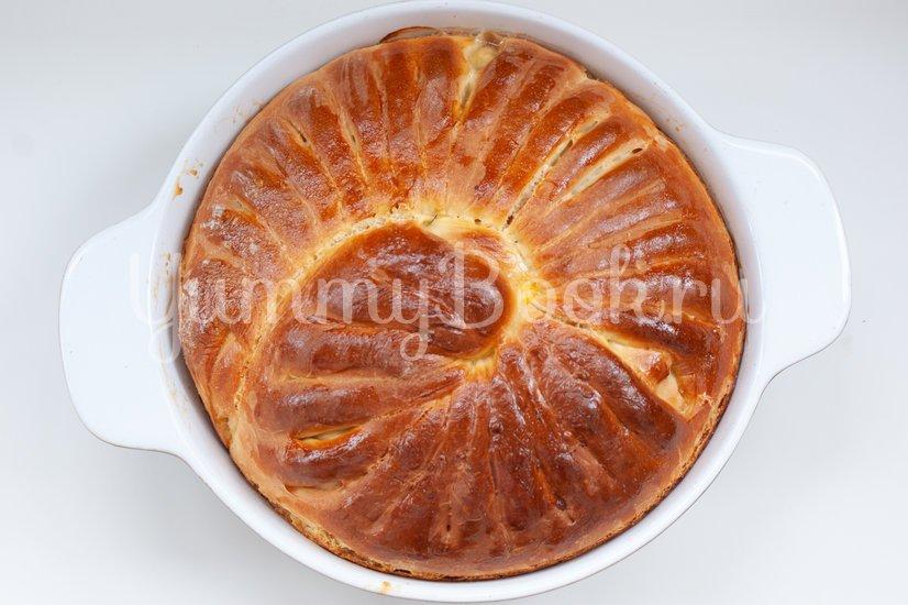 Дрожжевой пирог с фаршем, грибами и сыром - шаг 14