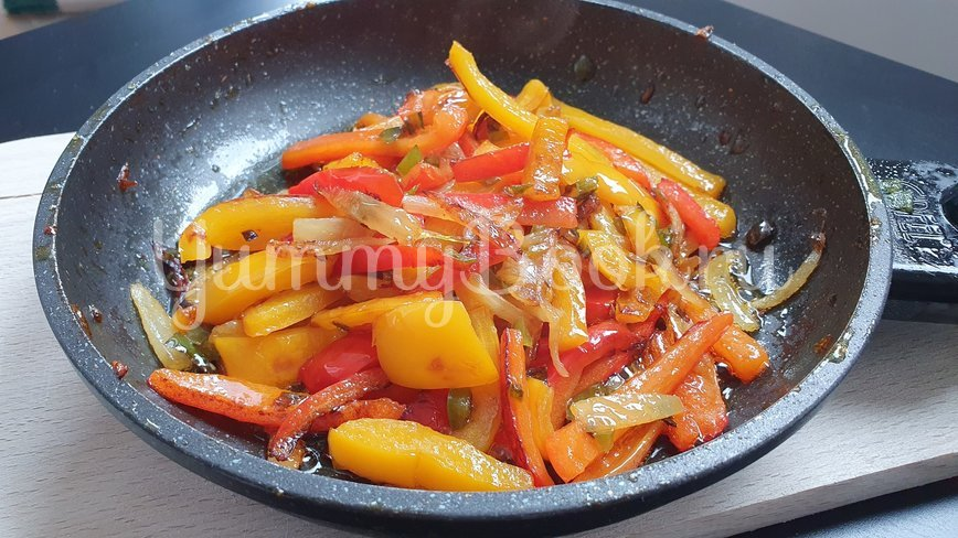 Куриные сердечки с овощами - шаг 4