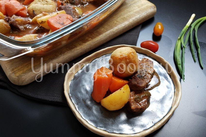 Рагу из говядины и горчичные клецки