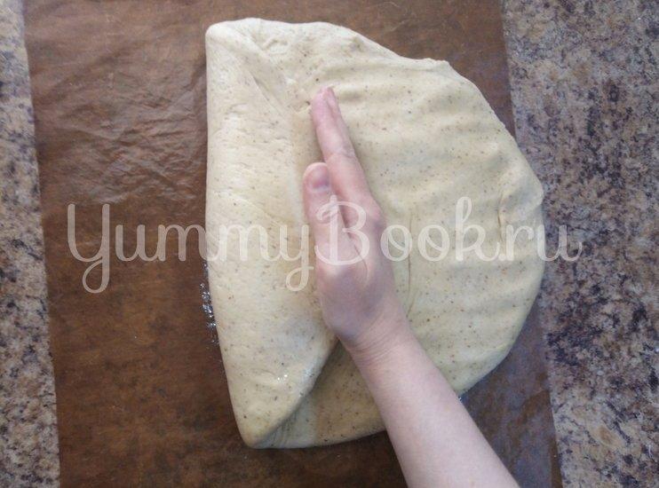 """Чесночно-луковый хлеб с """"шампиньонами"""" - шаг 8"""