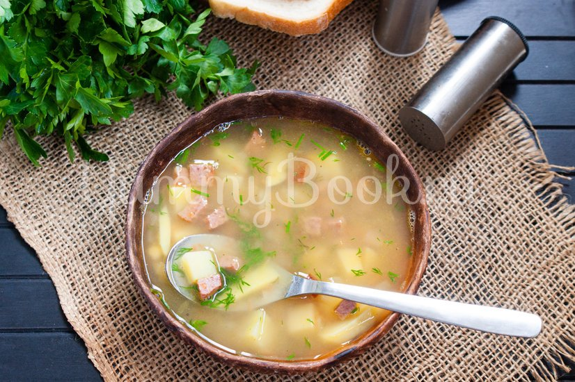 Гороховый суп с колбасой в мультиварке - шаг 5