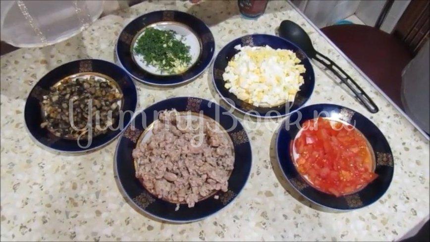 Горячая закуска из лаваша с мясом и овощами - шаг 2