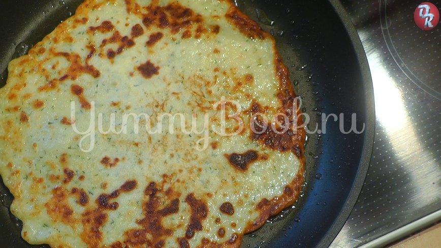 Блинчики с сыром и зеленью - шаг 6