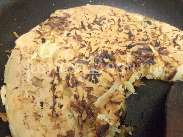 Капустный пирог из маринованной капусты - шаг 5