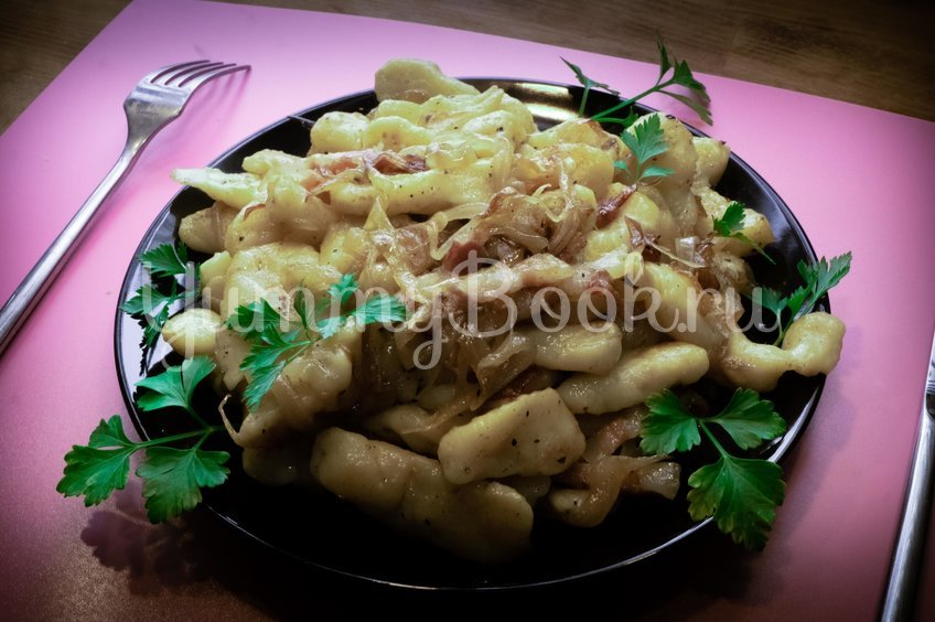 Картофельные ньокки с панчеттой