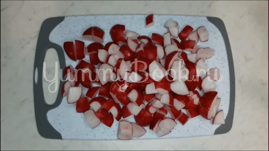 Салат из редиски и перепелиных яиц - шаг 1