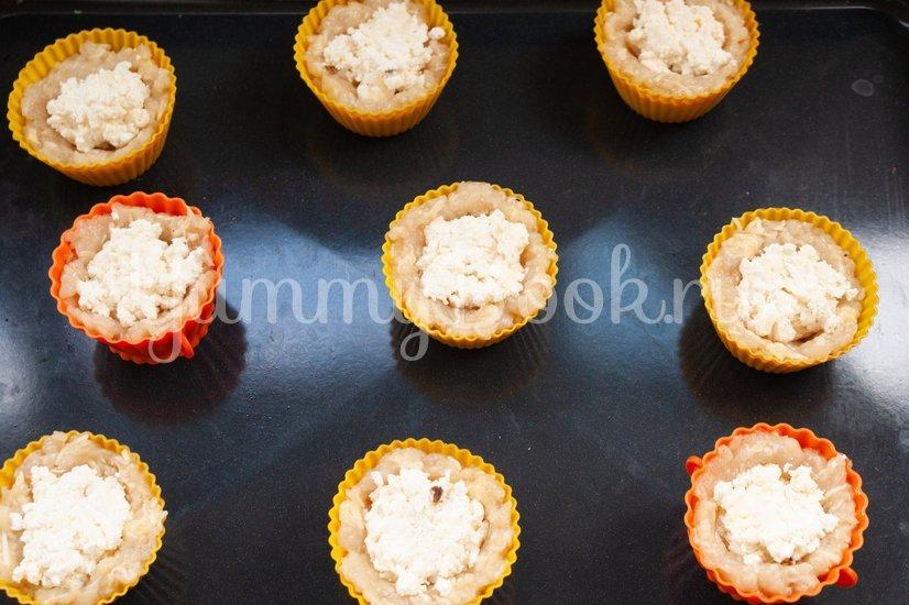 Куриные маффины с творогом и сыром - шаг 6