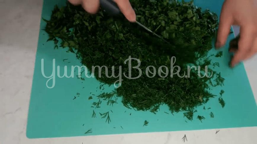 Зеленый борщ с щавелем, яйцами и рисом - шаг 10