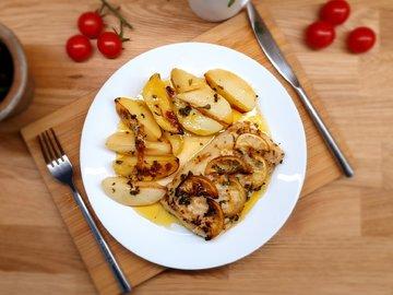 Филе трески в чесночном масле запеченное в духовке