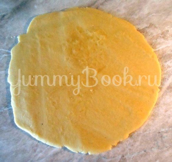 Творожный пирог с черносливом - шаг 11