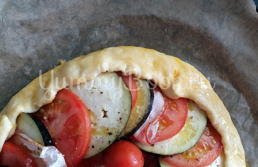 Галета с баклажанами, помидорами и беконом - шаг 9